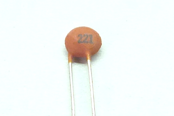 220pF ceramic capacitor